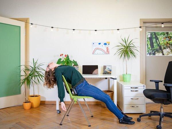 Zehn Yoga-Übungen für alle, die zu viel sitzen