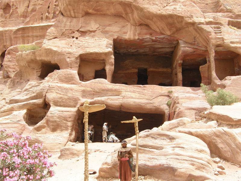 Felsenhöhlen